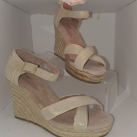 280f592da06 Toms wedding collection metallic suede strappy 6.5